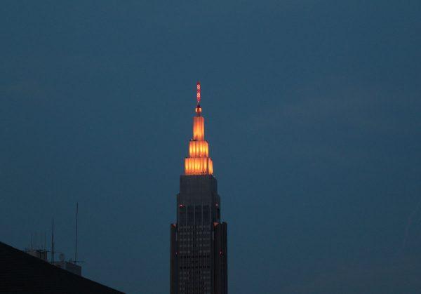 代々木NTTドコモビル ライトアップ
